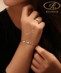 دستبند النگویی و انگشتر فرد طرح مربع - gold, gold-bracelets-and-rings