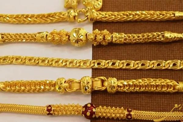 آیا می توان چند دستبند طلا را کنار هم ست کرد؟, news, آیا می توان چند دستبند طلا را کنار هم ست کرد؟
