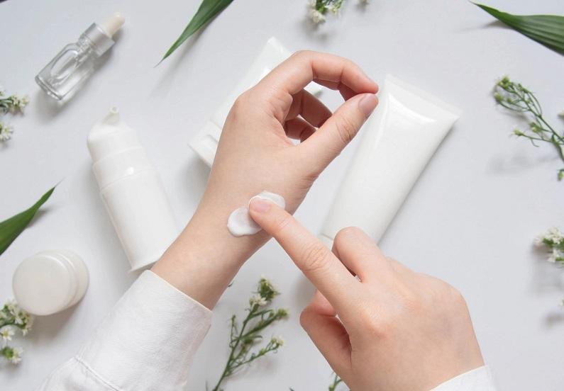استفاده از کرم برای درمان حساسیت به طلا