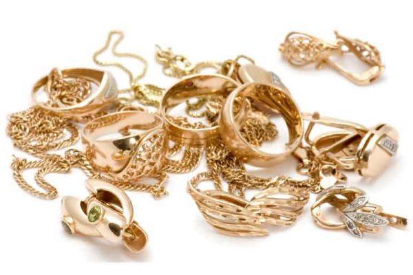 نحوه تمیز کردن طلا و جواهرات در منزل