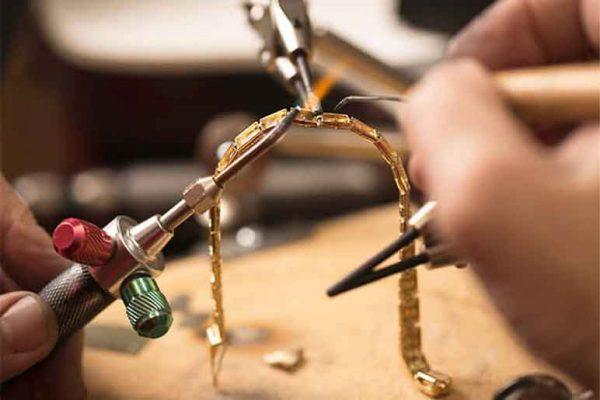 تعمیر طلا و جواهر